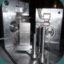 La préparation et le nettoyage des différents éléments constitutifs d'un outillage coquille avant son montage